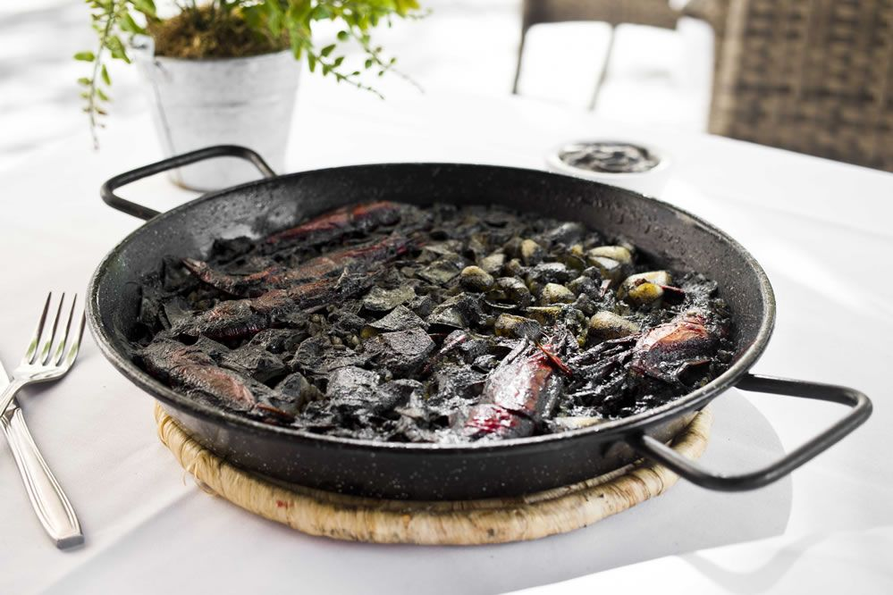 Arroz-negro-restaurante-el-botanico